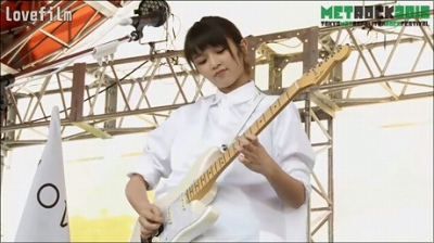 北山詩織はギター弾けるの?!趣味特技にピアノとは書いてあったが。