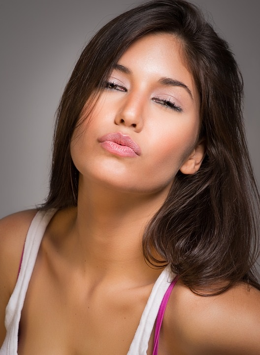 questa hispanic single women Sezioni di questa pagina  single women set high standards on choosing the ideal man for marriage http://www  meet hispanic single women in oklahoma,.
