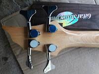 Bass Guitar Custom, Bass Freetless,Pengrajin Gitar Bass, Pesan Gitar Bass, Bass 4 String, Bass 5 String