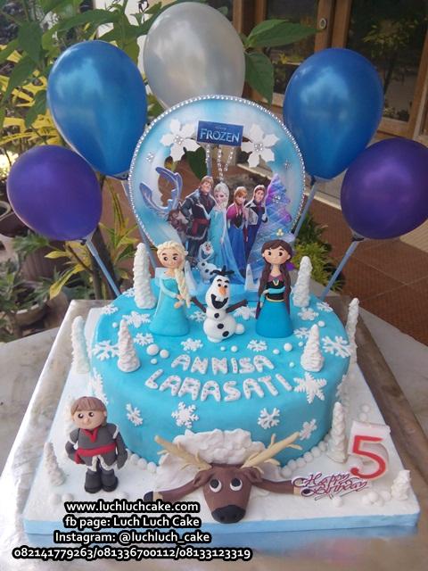 Luch Luch Cake Kue Ulang Tahun Fondant Frozen