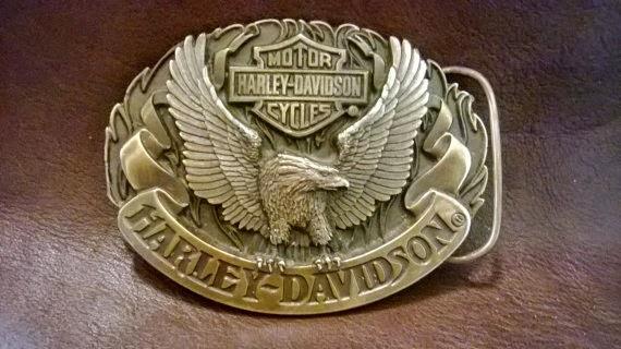 1992 harley davidson motorcycle, siskiyou belt buckle   lisa's