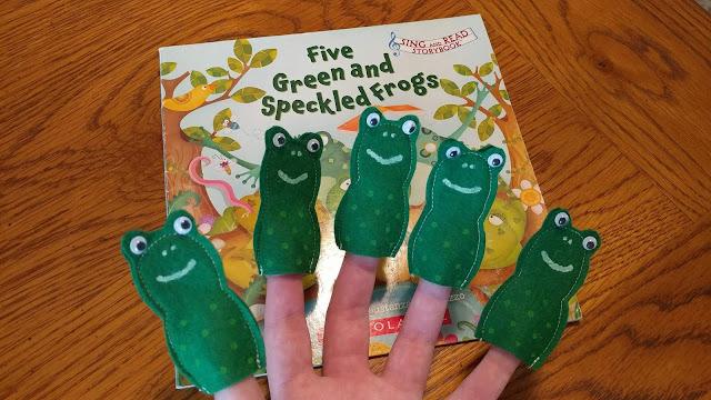 Frog finger puppets made from felt