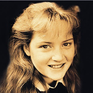 Kate Winslet rare teen photo