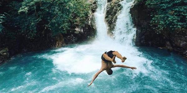 Bosan Liburan ke Pantai, Coba ke 3 Air Terjun Bali yang Cantiknya Kebangetan Ini Yuk!