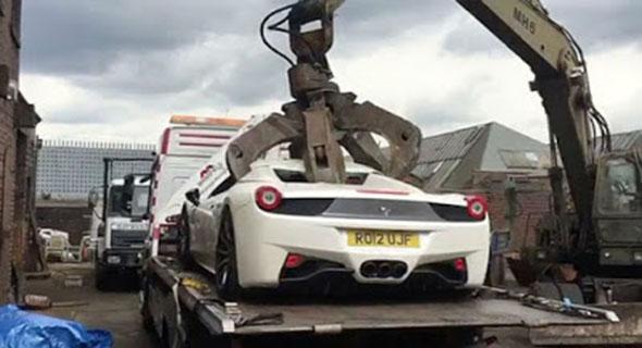 Detik-Detik Ferrari Langka Dihancurkan, Masalahnya Sepele