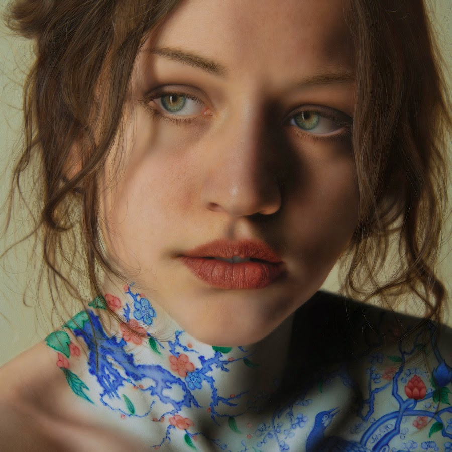 11-Marco-Grassi-Photo-Realistic-Paintings-with-Textured-Finish-www-designstack-co