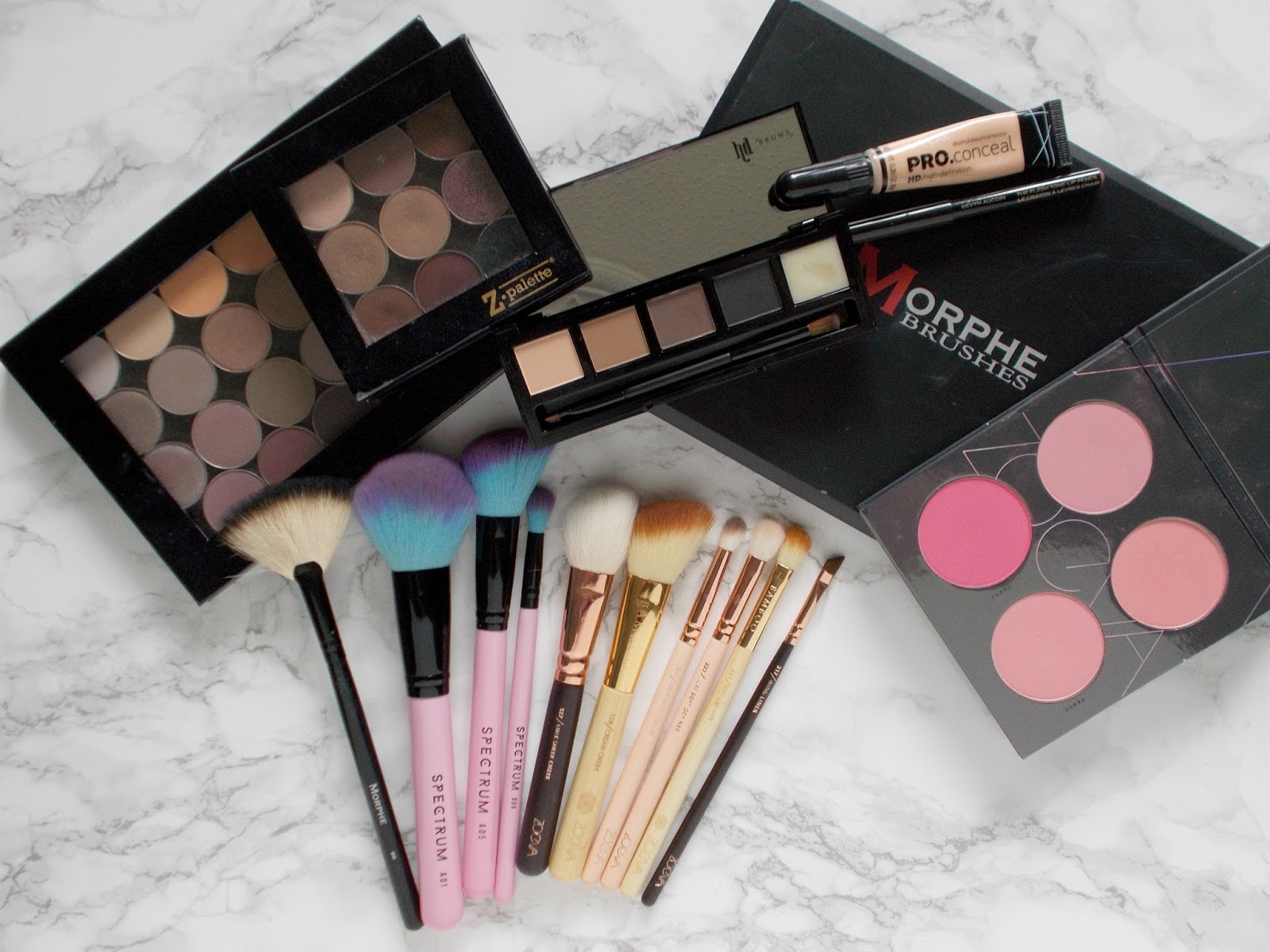 beauty bay haul online shoppping uk morphe makeup geek zoeva spectrum la girl hd brows z palette