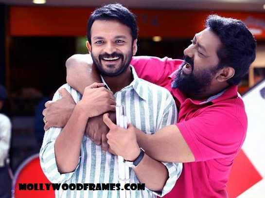 Jayasurya and Lal in 'Happy Journey' movie