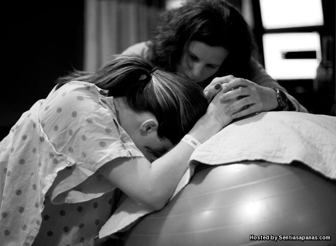 Apa Itu Doula Dan Fakta Ibu Mengandung Wajib Tahu