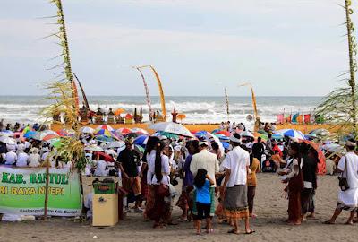 akcayatour, Travel Jogja Malang, Pantai Parangkusumo, Travel Malang Jogja