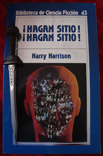 Portada del libro ¡Hagan sitio! ¡Hagan sitio!, de Harry Harrison
