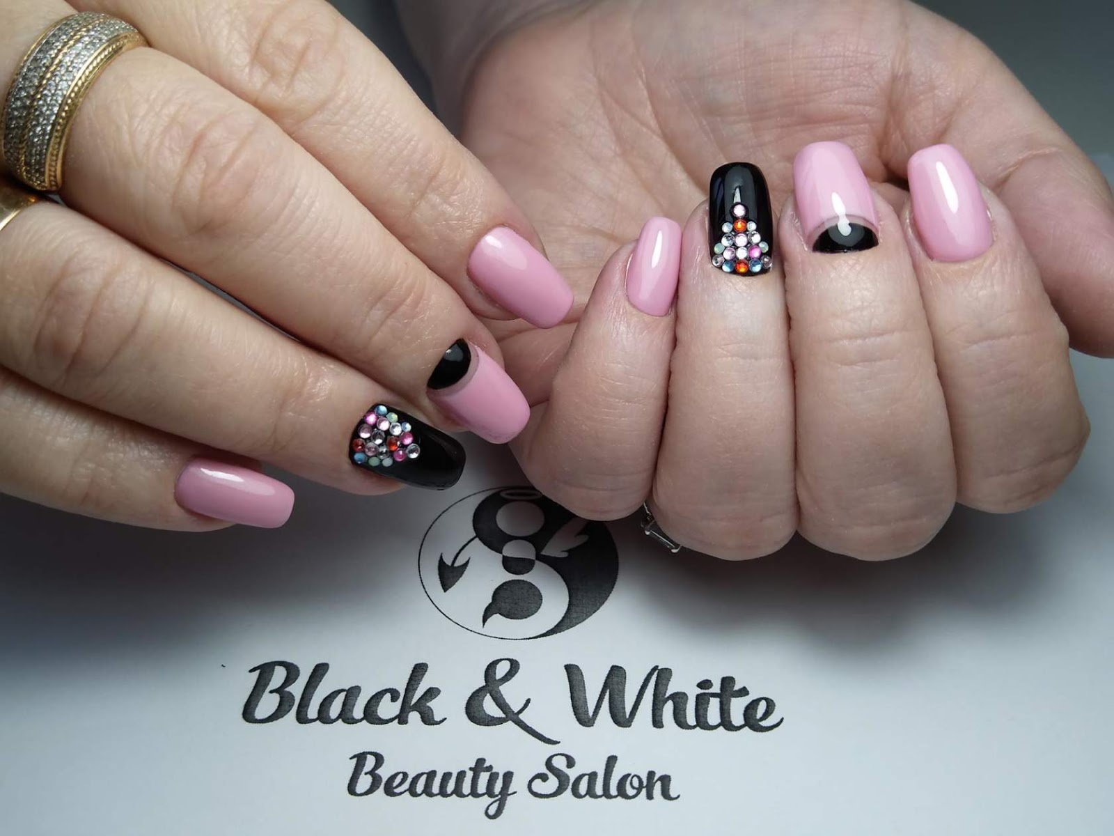 Black & White Nails Art Disign: Entity Nail Systems