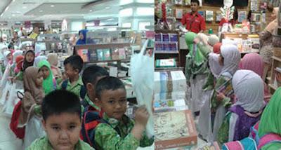 Kunjungan ke Toko Buku Gramedia Mall Puri Indah