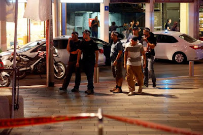 No less than nine injured in shooting assault in focal Tel Aviv