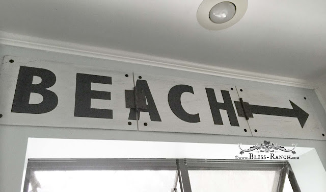 Beach Sign Hinged In 3 Pieces, Bliss-Ranch.com