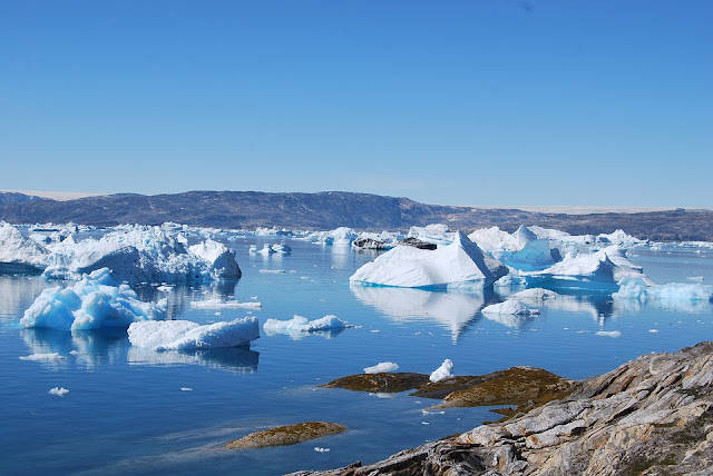 Παγκόσμια ανησυχία για το κύμα καύσωνα που κατευθύνεται στη Γροιλανδία (βίντεο)