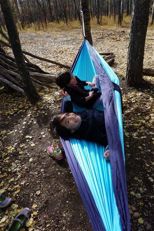 peak camping hammock why you need a hammock  and peak camping hammock review    play      rh   playoutsideguide