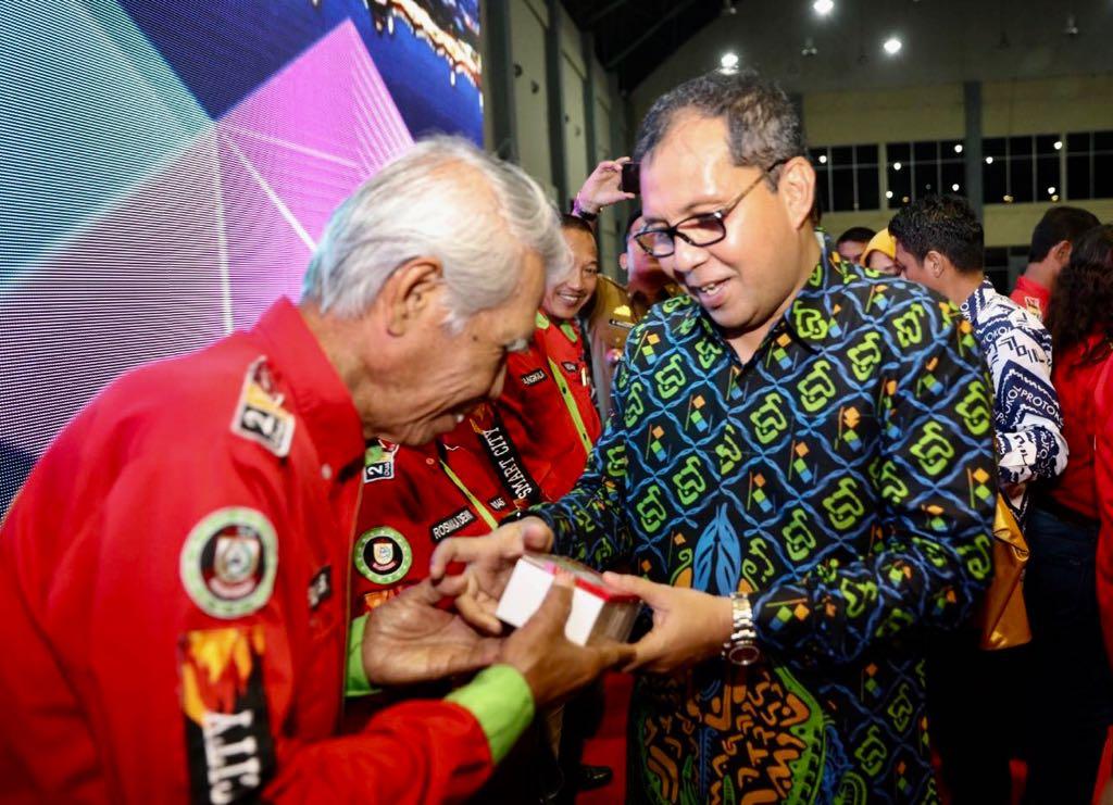 Survei CRC,  Danny Pomanto Buat Puas Warga Makassar