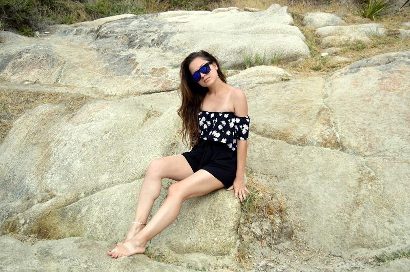 outfit klimataria beach greece summer vacation