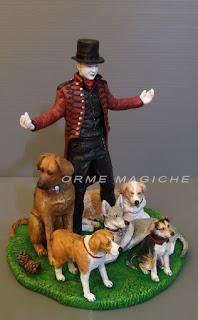 statuina personalizzata illusionista mago mentalista con cani ormemagiche