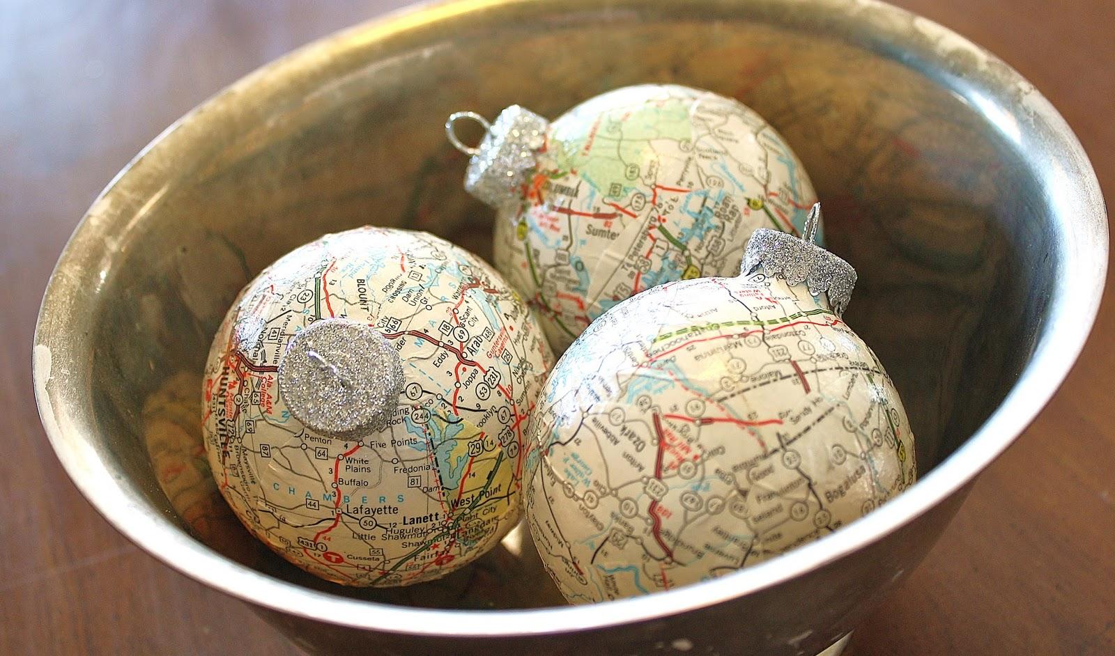 Decorar con mapas en navidad