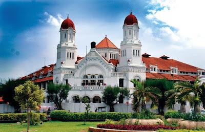 Tempat wisata di Semarang Kedua Adalah Lawang Sewu