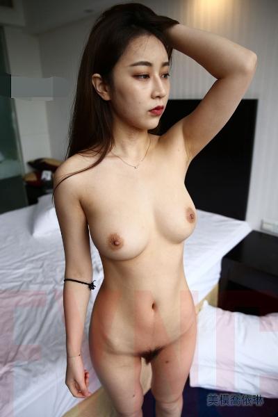 [網路收集系列] Naked Model Joey-Lin 3rd Photoshoot