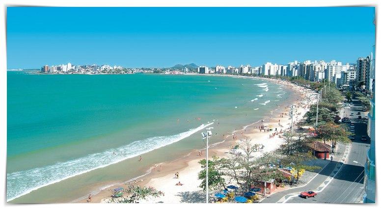 Sobrevoando a Praia do Morro em Guarapari -ES