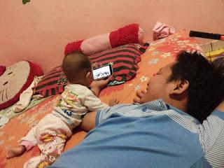 Cara Bijak Menggunakan Smartphone untuk Orang Tua Baru