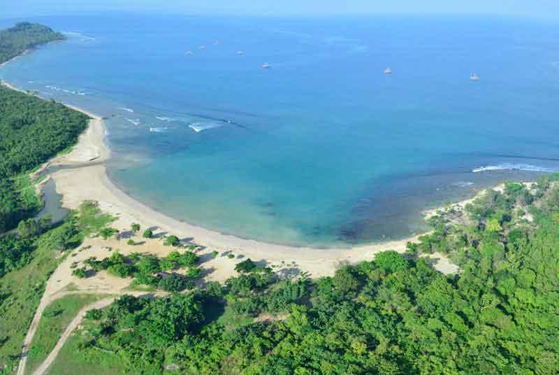 Tanjung Lesung Beach Homestay - Adam Homestay