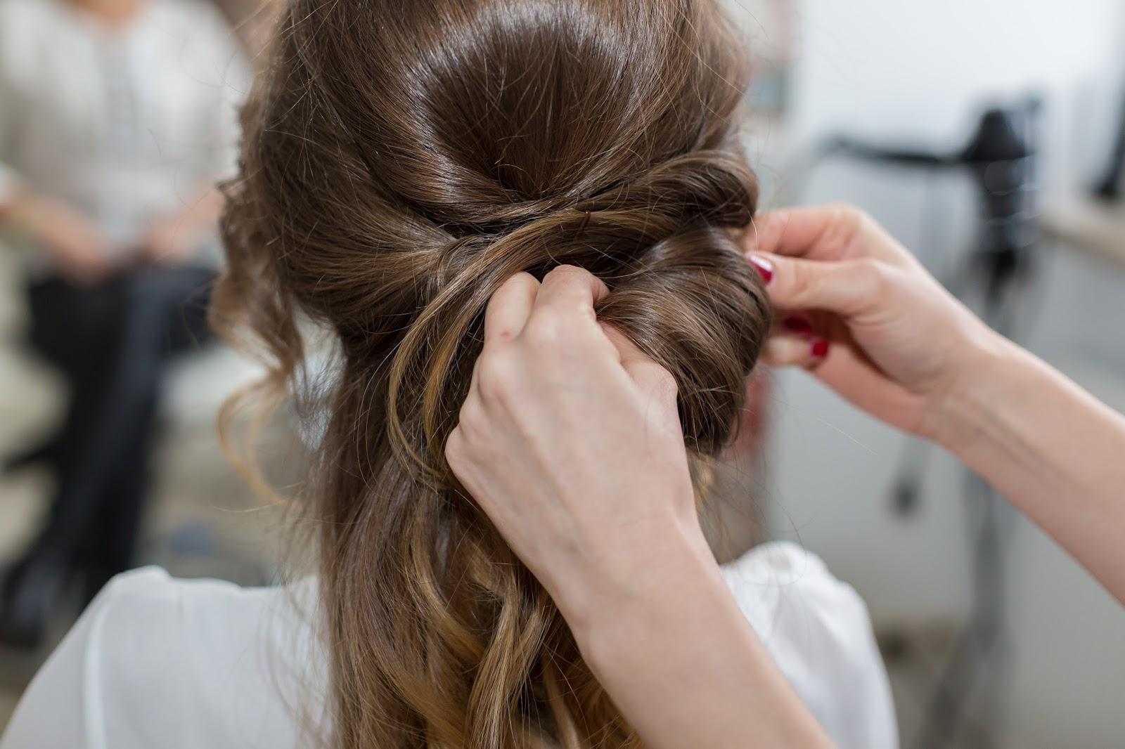 Fryzury Na Sylwestra I Studniówkę Prom Hairstyle Styloly