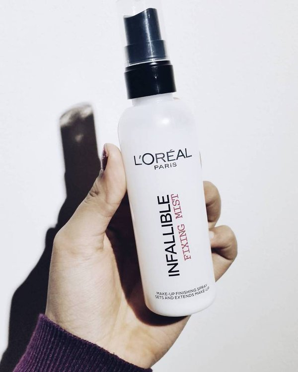 L'Oréal Infallible Fixing Mist
