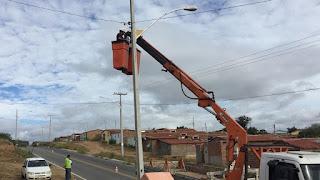 Prefeitura de Picuí intensifica trabalho de reposição de lâmpadas