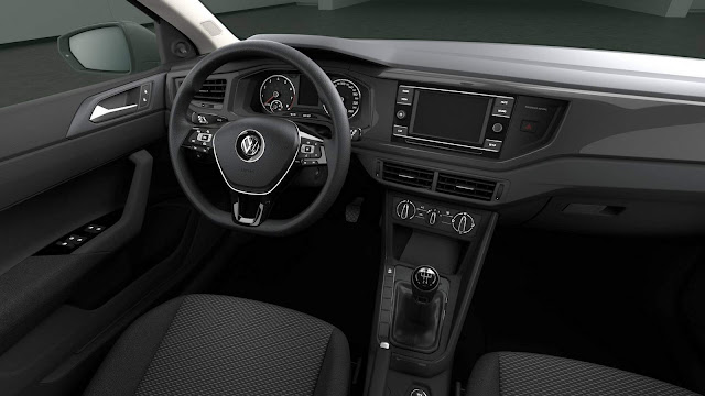 VW Polo 2018 Trendline - interior