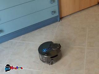Dyson 360 Eye in azione