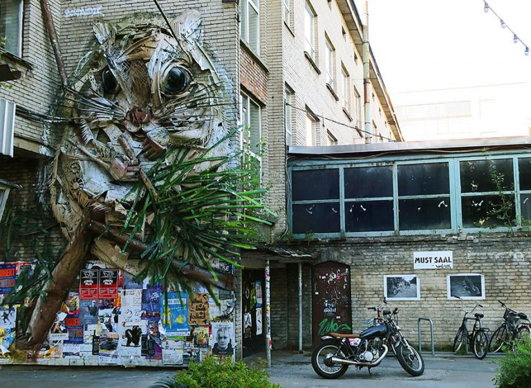 Street Artist Transforms Ordinary Junk Into Animals To Remind About Pollution - Flying Squirrel