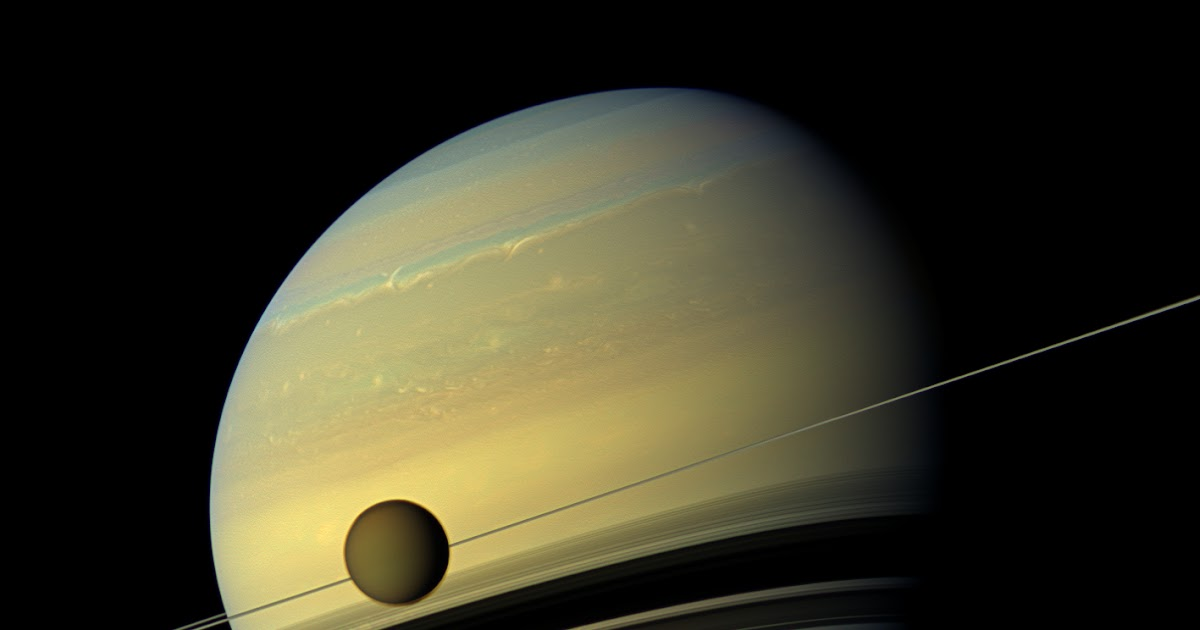 Real Saturn Pictures From NASA desktop wallpaper