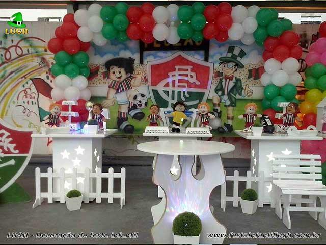 Decoração Futebol para festa infantil do Fluminense provençal simples