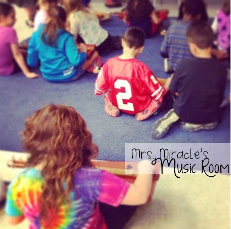 Playing dulcimers in the elementary classroom: Ideas for using them to extend melodic learning. Blog post includes lots of other great ideas for melodic reading and writing in the music classroom!
