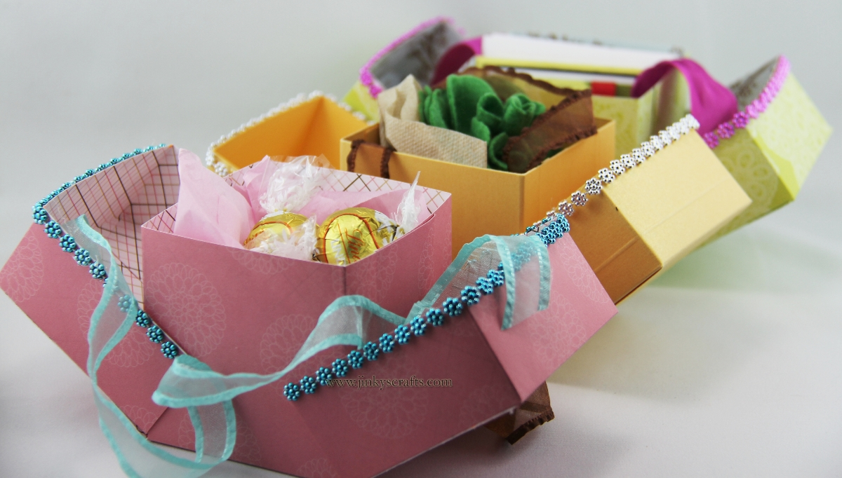 Favor Gift Boxes: Jinky's Crafts & Designs: DIY Cube Favor Boxes