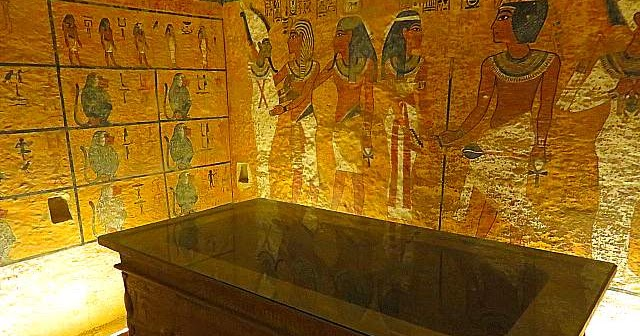 Howard Carter House and the Tomb of Tutankhamun