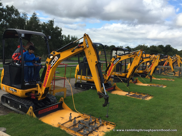 Lots of diggers at Diggerland