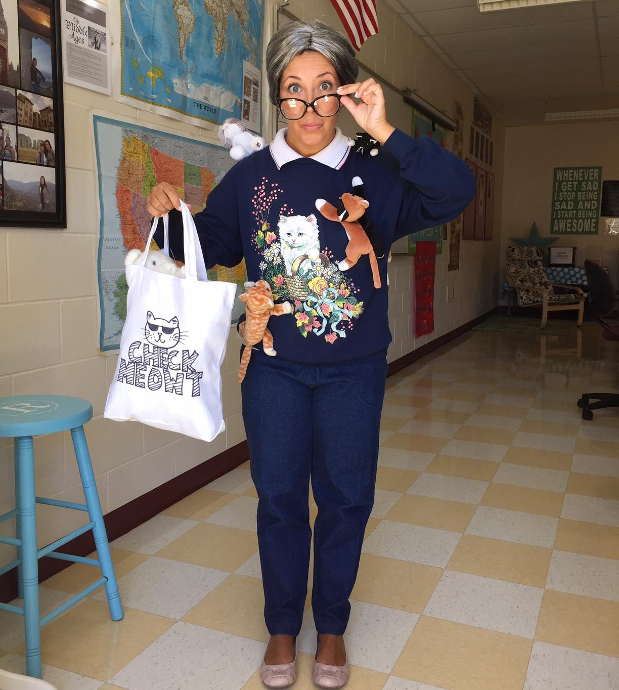 & Crafty Teacher Lady: Teacher Friendly Halloween Costume Ideas