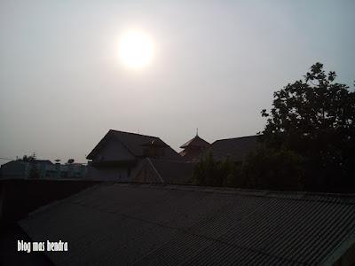 Sinar Matahari Pagi - Blog Mas Hendra