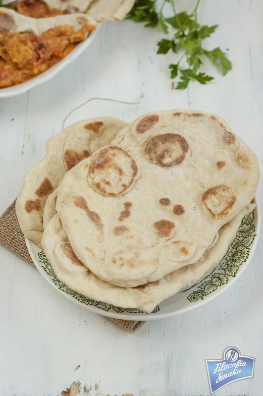 Chlebki naan przepis