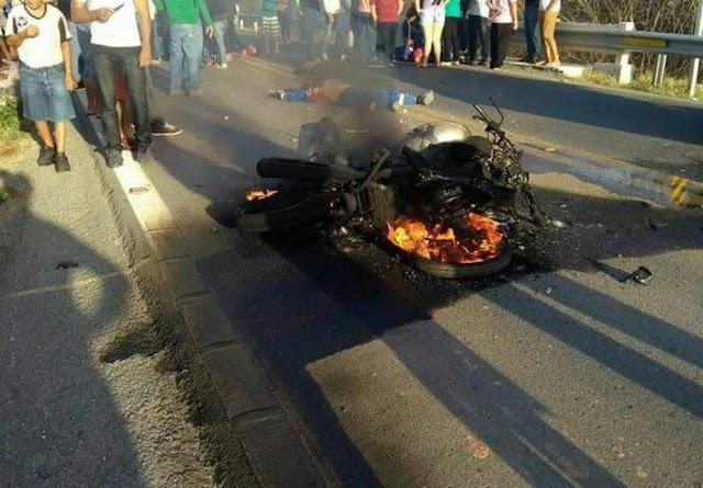 Motociclista morre após moto explodir em colisão com reboque no Ceará