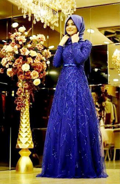 Inspirasi Gaun Muslimah Cantik dan Trendy 2001627