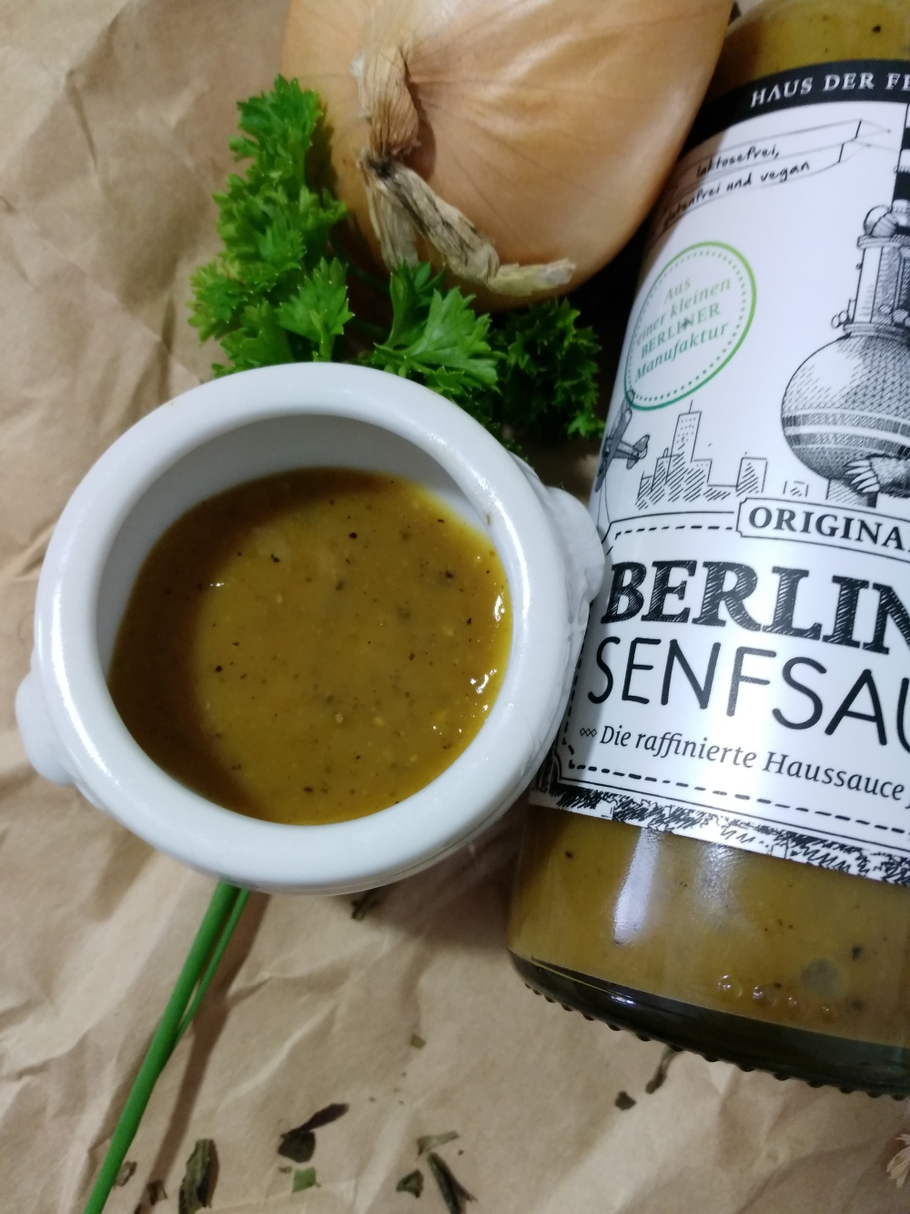 Grill 'n' Chill mit der TrendRaider Box Berliner Senfsauce