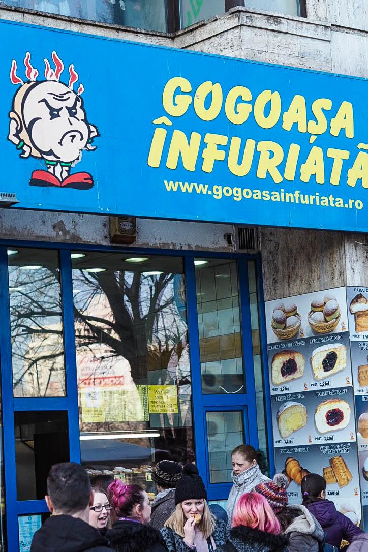 Gogoasa Infuriata, Bucharest