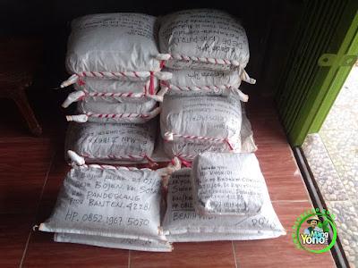 Pengiriman Benih Padi TRISAKTI, NAZWA, CAKRABUANA 02.  117,5 Kg atau 24 Bungkus ke Jabar, Banten, Jateng, Jatim